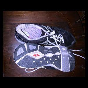 NB size 11 2E sneakers